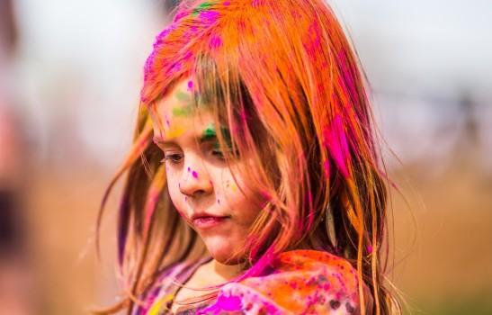 child_painting-wallpaper-2048x1536
